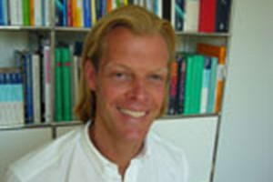 Dr. Tim Debus