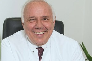 Dr. med. Pablo Hernandez