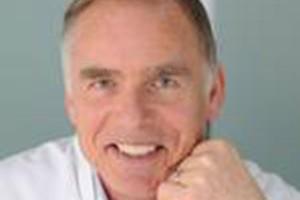 Dr. Hans-Henning Kunze
