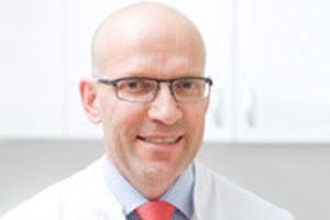 Dr. med. Holger M Pult