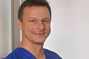Dr. Dr med. Frank Schmidseder
